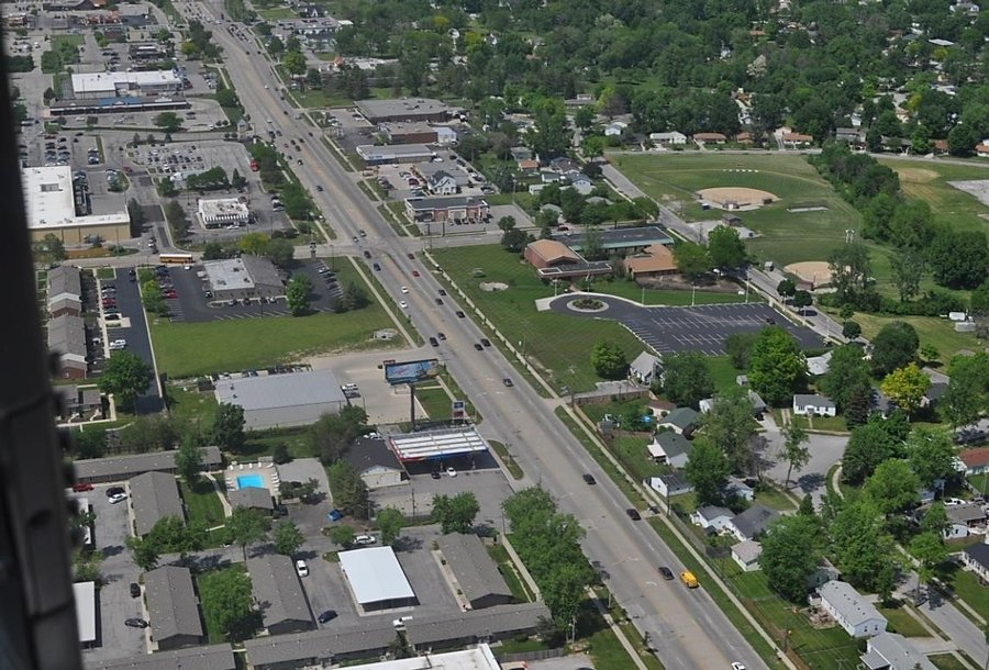 City of Fort Wayne Coldwater Road Project Recieves APWA Award